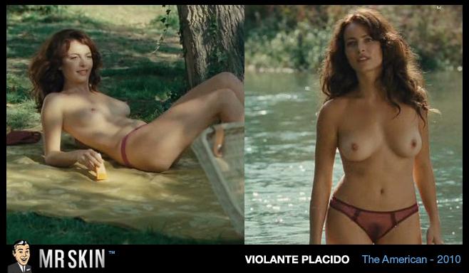 На 8-й позиции рейтинга наиболее сексуальных сцен в кино 2010 г. Кредитный