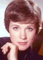 Julie Andrews bio picture