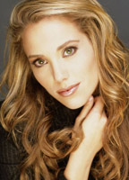 Elizabeth Berkley bio picture