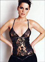 Neve Campbell bio picture