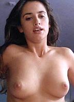 Pen�lope Cruz bio picture