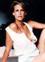 Jamie Lee Curtis bio picture