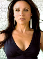 Julia Louis-Dreyfus bio picture
