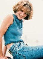 Bridget Fonda bio picture
