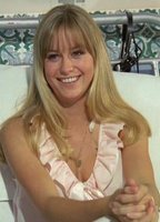 Susan George bio picture