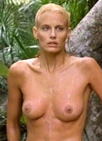 Daryl Hannah bio picture