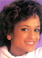 Anne-Marie Johnson bio picture