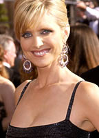 Courtney Thorne-Smith bio picture