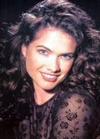 Heather Langenkamp bio picture