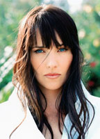 Lucy Lawless bio picture