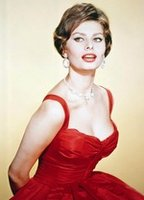 Sophia Loren bio picture