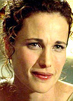 Andie MacDowell bio picture