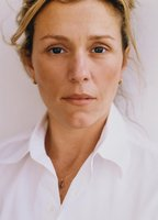 Frances McDormand bio picture