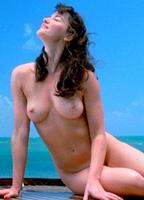 Gretchen Mol bio picture