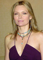 Michelle Pfeiffer bio picture