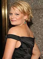 Martha Plimpton bio picture