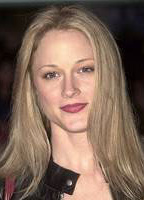 Teri Polo bio picture