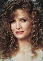 Kyra Sedgwick bio picture