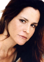 Ally Sheedy bio picture