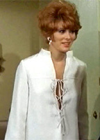 Jill St. John bio picture