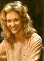 Dee Wallace-Stone bio picture