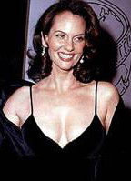 Lesley Ann Warren bio picture