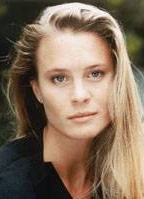 Robin Wright Penn bio picture