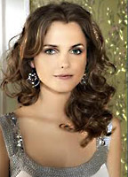 Keri Russell bio picture