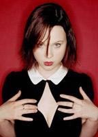 Thora Birch bio picture