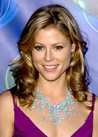 Julie Bowen bio picture
