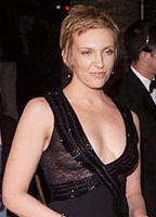 Toni Collette bio picture