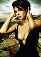 Monica Bellucci bio picture