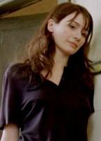 Emily Mortimer bio picture