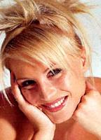 Denise Van Outen bio picture