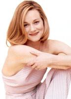 Laura Linney bio picture