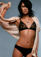 Lena Headey bio picture