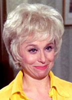 Barbara Windsor bio picture