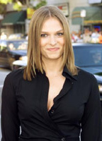 Vinessa Shaw bio picture