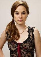 Caroline Dhavernas bio picture