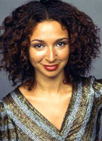 Maya Rudolph bio picture