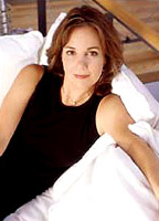 Margaret Colin bio picture