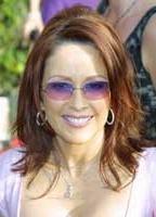 Patricia Heaton bio picture