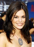 Rachel Bilson bio picture