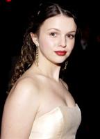 Amber Tamblyn bio picture