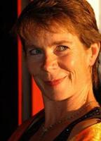 Celia Imrie bio picture