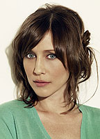 Vera Farmiga bio picture