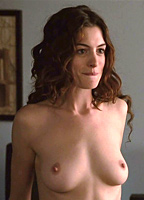 Anne hathaway boobs naked