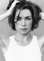 Julianne Nicholson bio picture