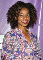 Aunjanue Ellis bio picture