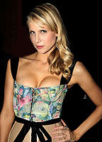 Lucy Punch bio picture
